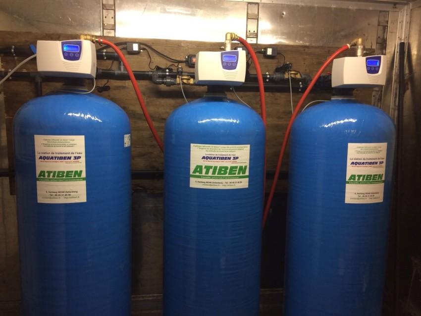 Station de filtration, decationisation partielle et dynamisation pour abreuvement des animaux ( GAEC Moreau Lucot 70) gain de 1,5 litre par jour et par vache de production laitière. Par son Distributeur INTERVAL.